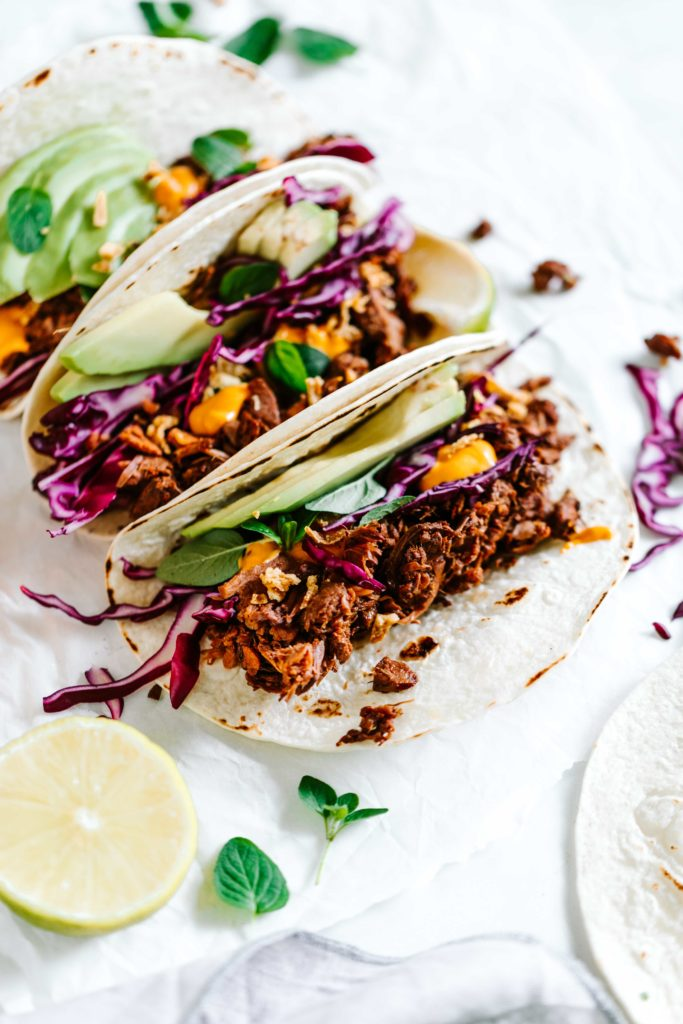 jackfruit tacos käsesauce