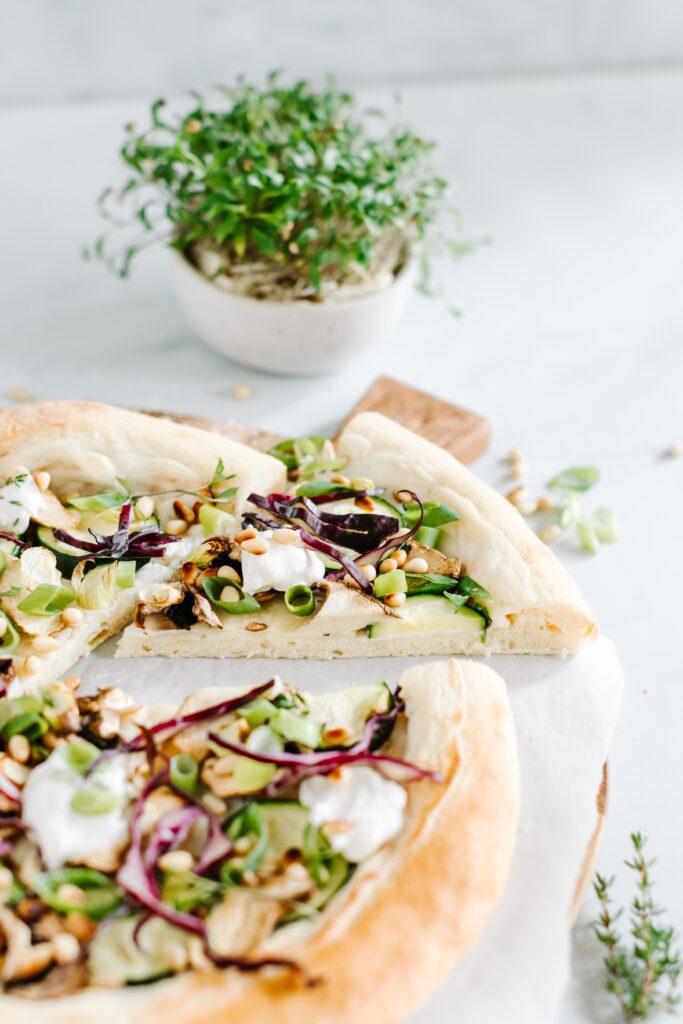 sauerteig pizza frischkäse rezept vegan